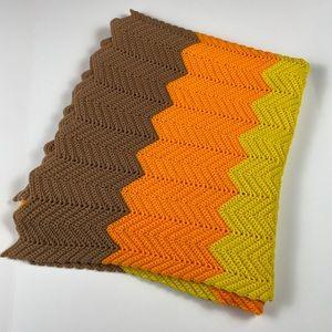 Vintage Retro Chevron Zigzag Crochet Throw Blanket